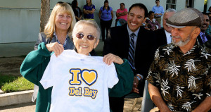 Del Rey Elementary Dedicates New Library To Toshi Mori