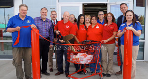 Sanger Chamber of Commerce Ribbon Cutting.