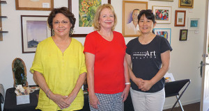 Sanger Art Station has added some new artists. Toni Avila, left, is new, Linda Hubbart, is new join Chieko Delgado at the gallery. (Photo by Cheryl Senn)